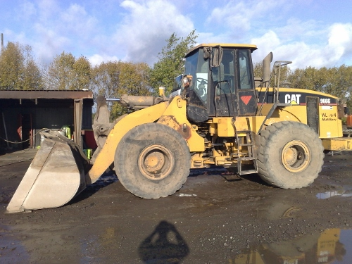 Mobile Mechanic: Caterpillar 966G Loading Shovel
